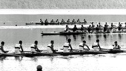 Der deutsche Achter während der olympischen Ruder-Wettbewerbe am Albaner See bei Rom. © picture-alliance / dpa