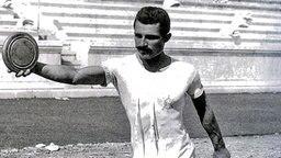 Diskuswerfer bei den Olympischen Spielen 1896 in Athen © picture-alliance / ASA