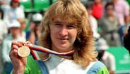 1988: Steffi Graf gewinnt Olympia-Gold in Seoul. © picture-alliance / dpa