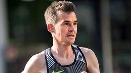Arne Gabius beim Hannover-Marathon © dpa Foto: Silas Stein