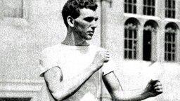 Die historische Aufnahme zeigt den englischen Boxer Harry Mallin. © picture-alliance/ dpa