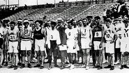 Start zum legendären Marathonlauf von St. Louis 1904 © picture-alliance / akg-images