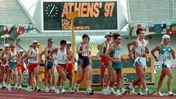WM-Geher vor Geisterkulisse im Athener Olympiastadion © Picture-Alliance/dpa