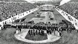 Eröffnungsfeier der ersten Olympischen Spiele der Neuzeit © picture-alliance / dpa