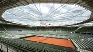 Der Center Court am Hamburger Rothenbaum mit einer neuen Dachmembran. © Witters