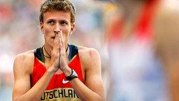 Robin Schembera nach dem 800-m-Lauf bei der WM in Berlin. © ap Foto: Anja Niedringhaus