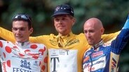 Jan Ullrich auf dem Siegertreppchen der Tour de France 1997 © picture alliance Fotograf: picture alliance