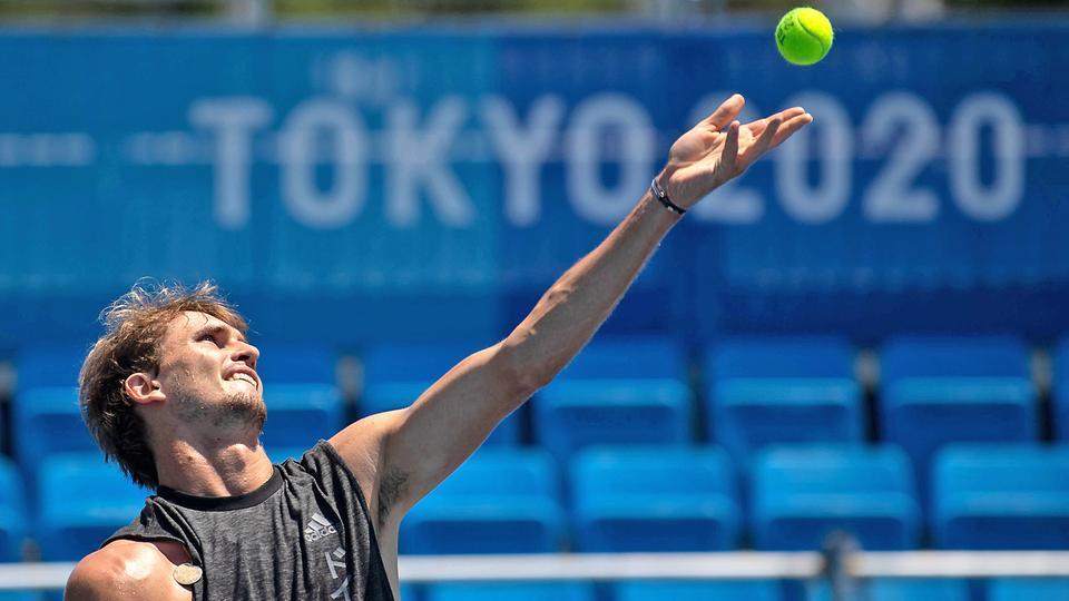 Olympia-Teilnehmer Alexander Zverev beim Training in Tokio  | picture alliance/dpa