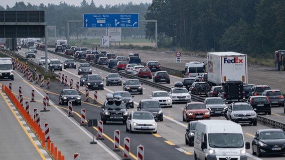 Stau auf den Autobahnen: ADAC erwartet