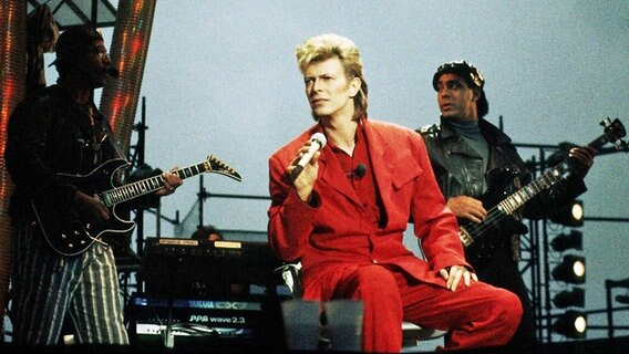 David Bowie live 1987 im Hamburger Stadtpark. © picture alliance / Jazzarchiv
