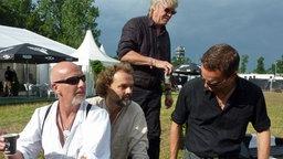 Die Band Santiano beim Dreh mit Detlev Buck © NDR / Patricia Poelk Foto: Patricia Poelk