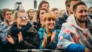 Publikum feiert auf dem Hurricane Festival 2018 in Scheeßel. © NDR Fotograf: Benjamin Hüllenkremer