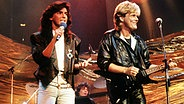 "Modern Talking während eines Auftritts in ""Peter's Pop-Show"" am 09.11.1985. © picture-alliance / dpa"