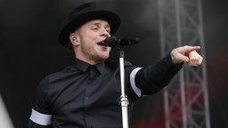 Der britische Sänger Olly Murs bei einem Auftrtitt in Hannover. © NDR Fotograf: Axel Herzig