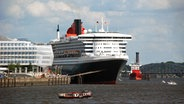 "Die ""Queen Mary 2"" im Hamburger Hafen. ©  picture alliance/rtn - radio tele nord Foto: Christoph Leimig"