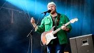 Tom Walker auf der Bühne beim Hurricane-Festival 2018 in Scheeßel. © NDR Foto: Benjamin Hüllenkremer