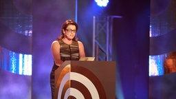 """Christine Neubauer bei der Laudatio (""""Beste Innovation"""") beim Deutschen Radiopreis am 17. September 2010 in Hamburg. © NDR Foto: Philipp Szyza"""