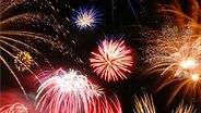 Feuerwerk © Fotolia.com Fotograf: DeVice