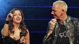 Vicky Leandros und H. P. Baxxter bei einem Auftritt von The Dome am 30. November 2011. © Imago Stock & People