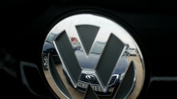 VW-Emblem © dpa