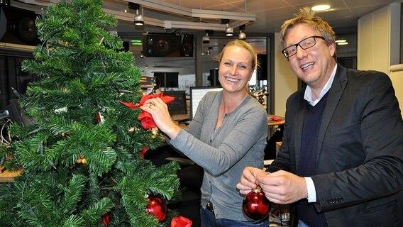 Ndr Weihnachtsbaum.Jan Maltes Weihnachtsbaum Schmück Aktion Ndr De Ndr 1 Welle Nord